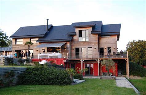great maison en bois ultra darblaywood with combien de temps pour faire construire une maison