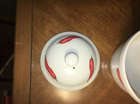 vintage cordon bleu cookware  white red chili peppers casserole dish approx  quart