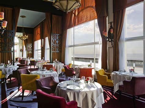 hotel normandie dans la chambre hôtel à cabourg le grand hôtel cabourg mgallery by sofitel