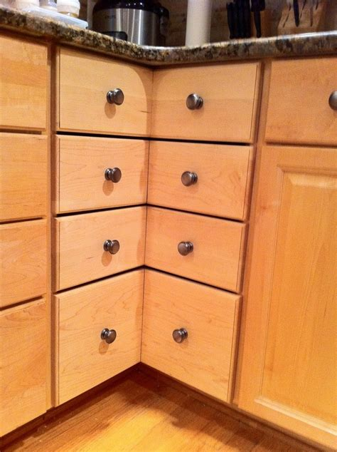 how to build a corner kitchen cabinet diy corner cabinet drawers home design garden 9287