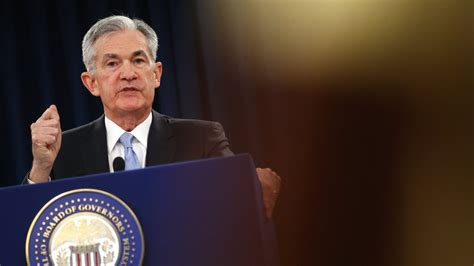fed cuts interest rates   time   decade bankrate