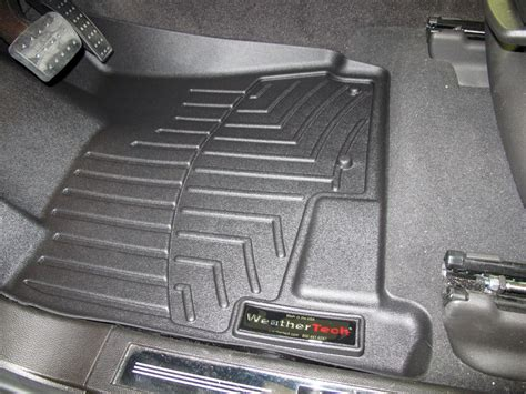 cadillac srx floor mats 2011 floor mats etrailer