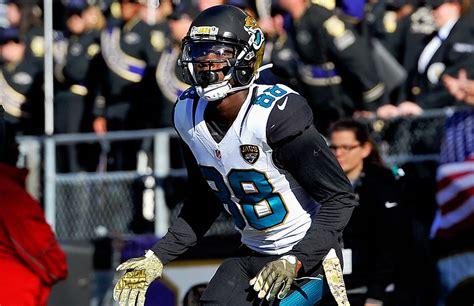 Jacksonville WR Hurns not yet cleared to practice after ...
