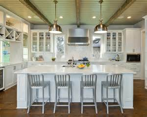 Simple White Kitchen Design Ideas