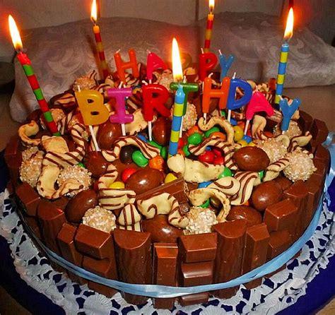 candy cake ein amerikanischer kuchen mit suessigkeiten von