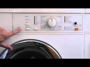 Miele Waschmaschine Novotronic W820 : read fault codes enter service mode miele w320 novotronic washing machine youtube ~ Michelbontemps.com Haus und Dekorationen