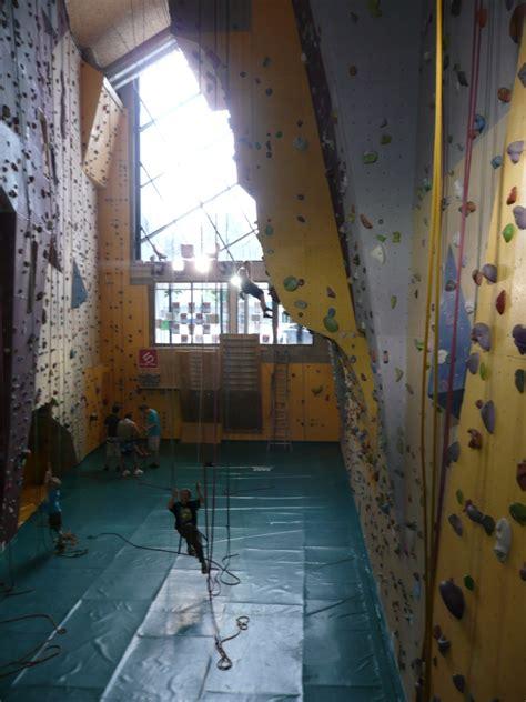 salle d escalade area herstal belgique