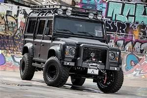 Land Rover Defender 110 'Black Hawk' | HiConsumption