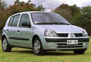 Used Renault Clio Review  2002