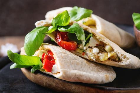 The Origins And Uses Of Pita Bread - The Most Versatile Bread