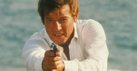roger moore for your eyes only roger moore muzyka z bonda sir roger george moore