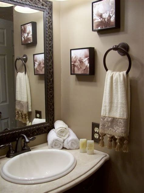 Neutral Bathroom Decor by Neutral Guest Bathroom Bathroom Designs Decorating