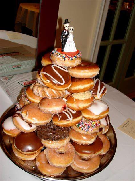 krispy kreme wedding cake  krispy kreme wedding
