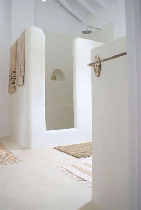 des salles de bain tout en blanc floriane lemarie