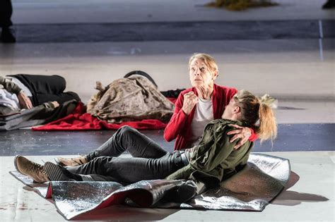 King Lear, Duke of York's Theatre, review - towering Ian ...