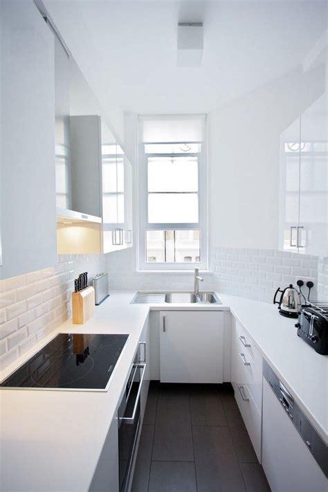 eckschrank küche weiß liebend ideen kleine k 252 che l form inewhomesearch
