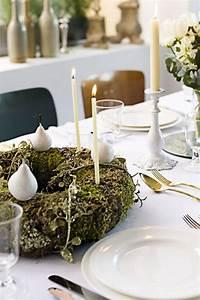 Weihnachtsdeko Basteln Für Den Tisch : 106 atemberaubende adventskranz ideen ~ Whattoseeinmadrid.com Haus und Dekorationen