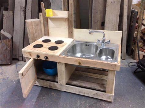 Cheap Outdoor Kitchen Ideas - pallet mud kitchen with sink 99 pallets