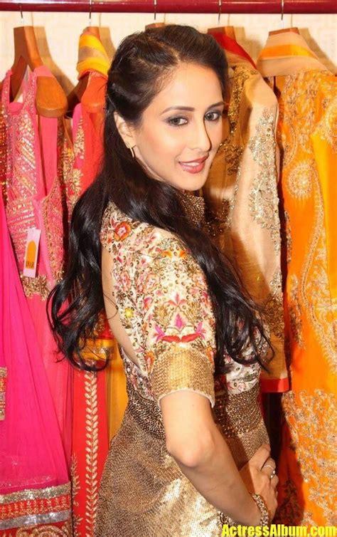 tv actress chahat khanna long hair stills  pink dress actress album