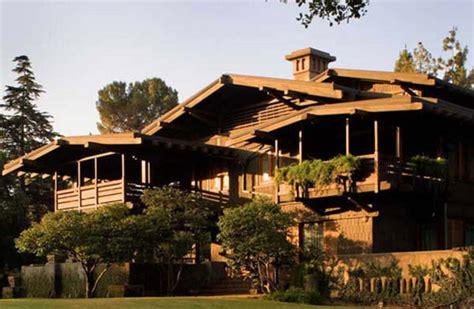 bungalow  short history design   arts crafts house arts crafts homes