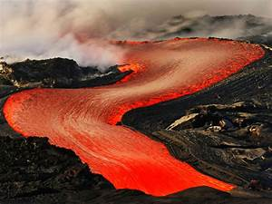 Dramatic Lava Flow In Hawaii - Photo 1 - Pictures