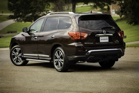 2019 Nissan Pathfinder by 2019 Nissan Pathfinder Arrives With Newly Standard Driver
