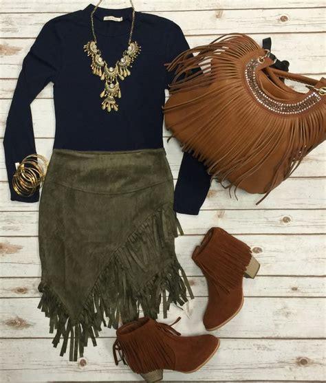 25+ best ideas about Fringe skirt on Pinterest | Leather fringe Zara heels and Christian brown