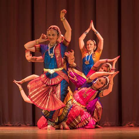 Indiešu klasiskās dejas vakars ARUNA izstāžu zālē