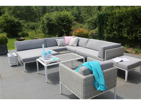 canapé résine tressée salon de jardin en résine tressée avec canapé d 39 angle