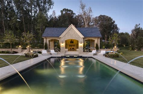 Kim Kardashian And Kanye West's New House In Calabasas