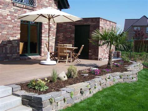 terrasse mit mauer nabbefeld schages garten und landschaftsbau terrassenmauer