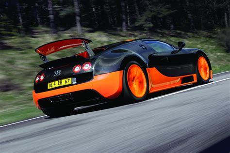 2010 Bugatti Veyron 16.4 Super Sport Photos