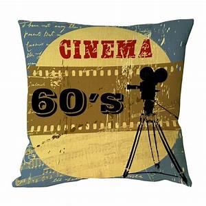 Objet Deco Cinema : coussin cin ma r tro des ann es 60 clap vintage ~ Melissatoandfro.com Idées de Décoration