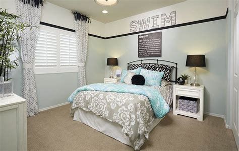 Bedroom Blue Walls White Furniture by Cheap Ways To Decorate A S Bedroom