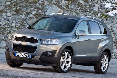 Chevrolet Captiva 24 Lt 2011 — Parts & Specs