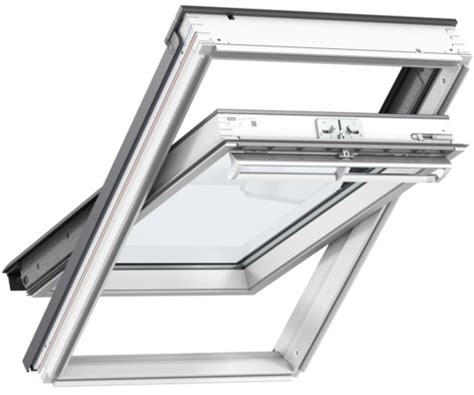 velux ggl ck02 2070 white painted centre pivot window 55 x 78 cm roofing outlet