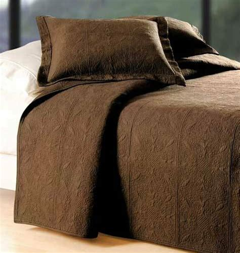 Brown Quilted Coverlet by Chocolate Brown Or King Quilt 100