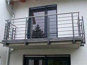 Balkongeländer Pulverbeschichtet Anthrazit : balkongel nder feuerverzinkt lackiert mit einem handlauf ~ Michelbontemps.com Haus und Dekorationen