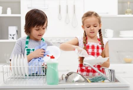 Easy Kitchen Organizing and Cleaning Tips