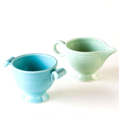 Order contemporary sugar bowls with lids and creamer pitchers or elegant bone china creamers and sugar bowl sets with delicate or bold flower patterns. Dish out some 1950s style with this stoneware coffee creamer and sugar bowl set in placid Spring ...