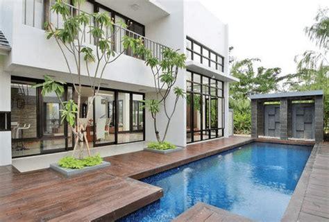 contoh rumah   kolam renang minimalis  indah