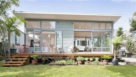 House For A Family In New Zealand by Jacinda Ardern And Clarke Gayford Buy New Family Home