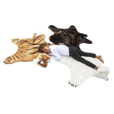 tapis peau d ours d 233 guisement peau de b 234 tes ours polaire soft bibib jouet