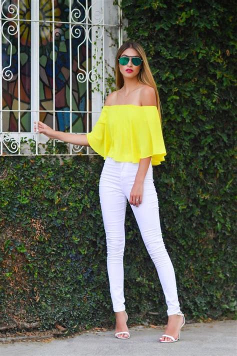 Yellow Outfits For Women-14 Chic Ways to Wear Yellow outfits