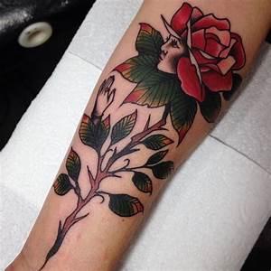 Tatouage Avant Bras Femme Fleur : modele tatouage bras fleur rose avec visage profil et sa tige tatouage femme ~ Farleysfitness.com Idées de Décoration