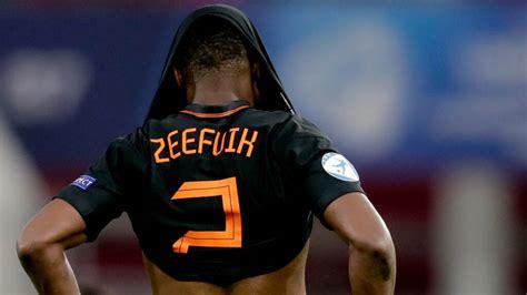 Jong oranje heeft op geweldige wijze de halve finales bereikt van het ek. Jong Oranje met debutant Rensch naar knock-outfase EK: 'Kans om mij te bewijzen'   NOS
