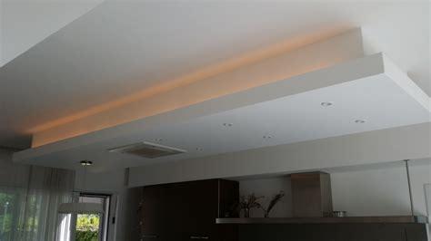 Guzzini Illuminazione Listino Prezzi Controsoffitti Con Illuminazione Produzione Illuminazione