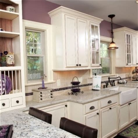 kitchen cabinet bottom molding 1000 images about kitchen sloped ceiling solutions on 5161