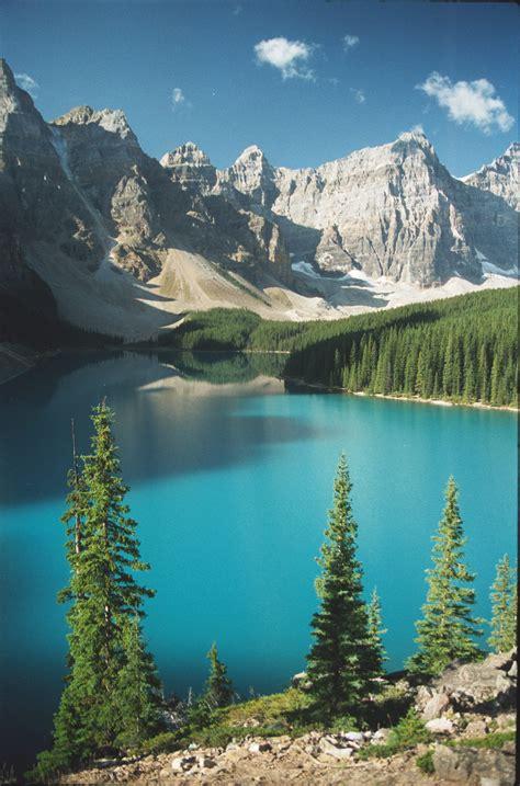 moraine lake alberta praetzel vacation