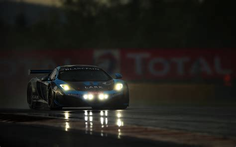 Mclaren Mp4-12c Supercar Racing Rain Storm Roads Track